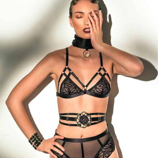 Shoot avec la modèle Ambre Renard et la lingerie 13ème Lune