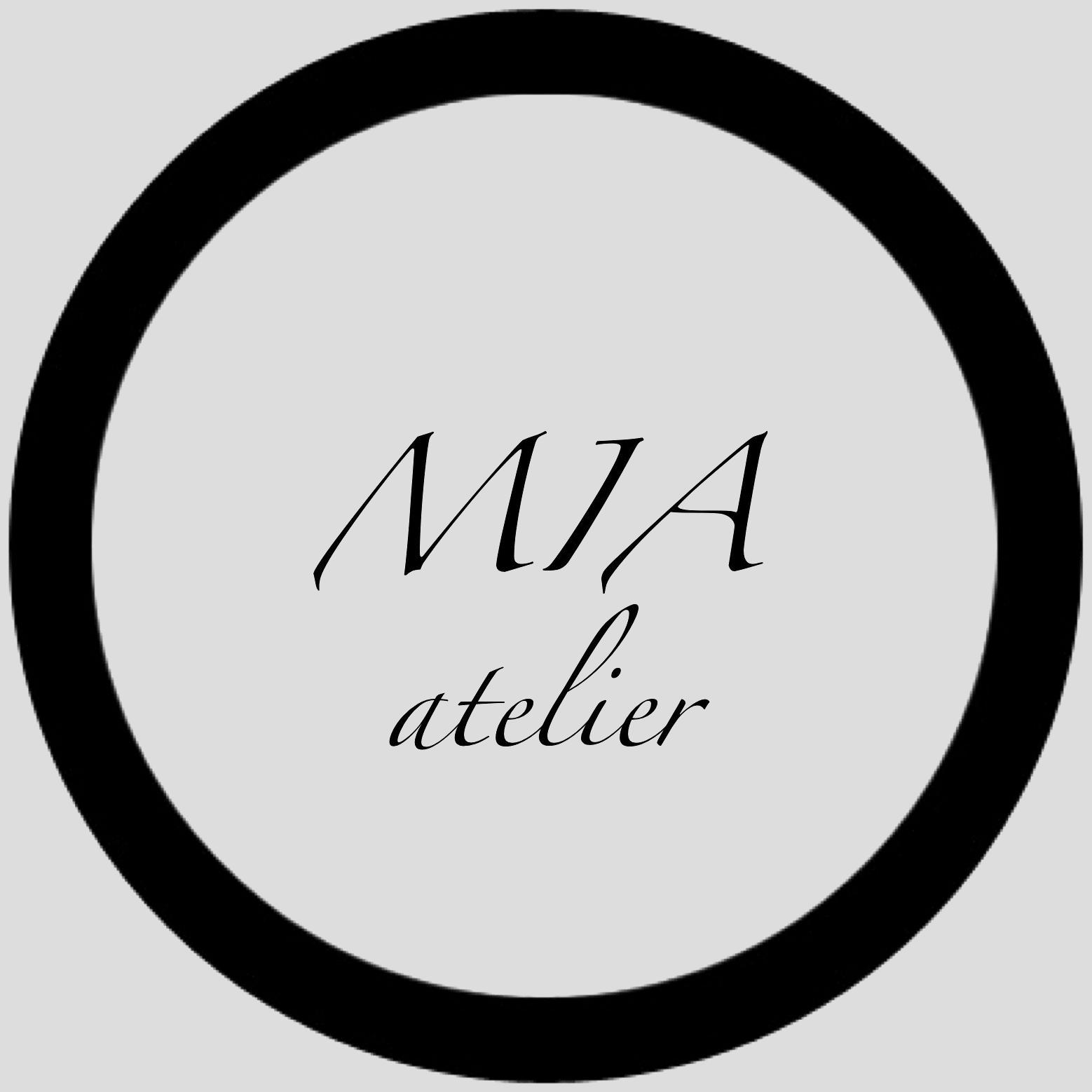 Ателье MIA, кожаные аксессуары ручной работы для женщин