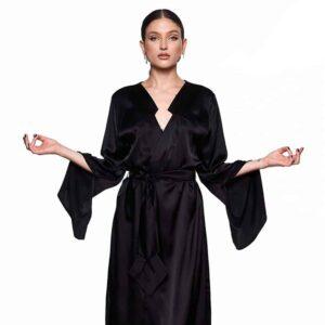 Kimono Infinity Long and black, with belt, back opening